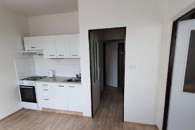 Pronájem bytu 1+1, 39m² ,Žlutická ulice, Plzeň - Bolevec, Ev.č.: 00409