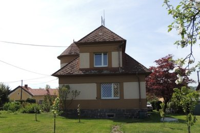 Prodej rodinného domu 230 m2, se zahradou 2245 m2 v obci Kasejovice, Ev.č.: 00484