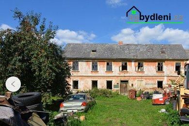 Prodej zemědělské usedlosti s pozemkem 3 294 m² v obci Luhov, nedaleko Hracholuské přehrady., Ev.č.: 00504