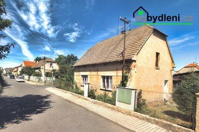 Prodej Rodinného domu - Praha Zbuzany - pozemek 714 m2, Ev.č.: 00524