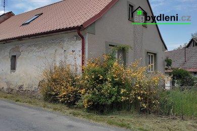zprostředkování prodeje rodinného domu s přilehlými hospodářskými budovami, Ev.č.: 00544