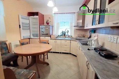 Prodej, Rodinné domy 4+1 o zastavěné ploše 112 m² , Horšovský Týn - Velké Předměstí, Ev.č.: 00620