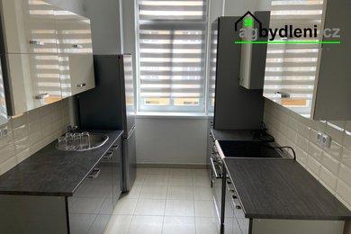 Prodej, Byty 2+1,  76 m² - Cheb, Ev.č.: 00630