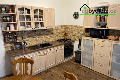Prodej, Byty 4+1, 112 m² - Cheb, Ev.č.: 00646