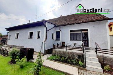 Prodej, Rodinné domy, 1158m² - Chrást, Ev.č.: 00659