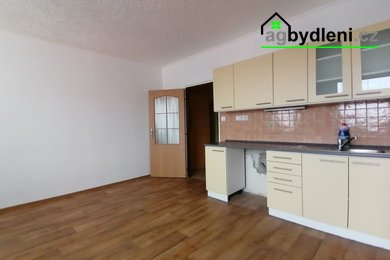 Pronájem, byty 1+kk, 33m² , Bohušova ulice Planá okres Tachov, Ev.č.: 00724
