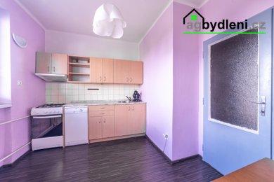 Prodej vybaveného bytu 1+1, 40,15 m² - Plzeň - Skvrňany, Ev.č.: 00782