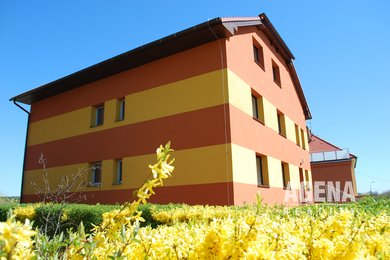 REZERVACE Pronájem bytu, 4+1/126m2,  zahrada, ul. Trnkova, Praha 4-Krč, Ev.č.: 21006
