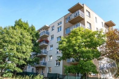 Prodej zařízeného bytu 3+kk, balkón, sklep, 68m², ul. Záveská, Praha  10- Hostivař, Ev.č.: 21016