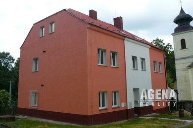 Výhradní prodej velkého rodinného/bytového domu, s možností využití jako penzion či nájemní dům, Ev.č.: 21020