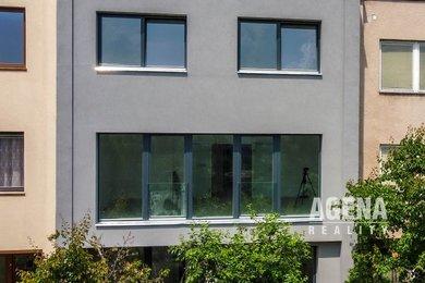 Dvougenerační řadový dům, užitná plocha 280 m2, pozemek 289 m2, zahrada 130+45 m2 - Praha 5 Císařka, Ev.č.: 21024