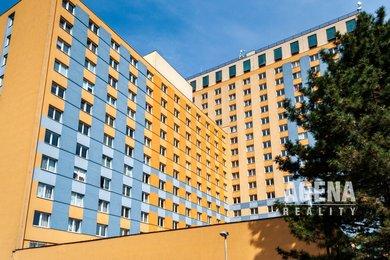 REZERVACE Prodej světlého bytu 2+kk, 40m², s recepcí, ul. Štúrova, Praha 4-Krč, Ev.č.: 21028