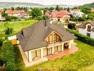 Prodej rodinného domu v Lipencích - Praha 5