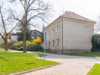 Prodej domu s rozlehlým pozemkem v Praze 5 Holyni