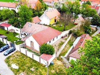 Stylový rodinný dům v Číčovicích - 10 min. od Prahy