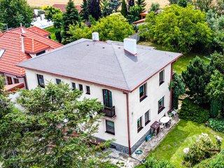 Rodinný dům v Holyni - Praha 5