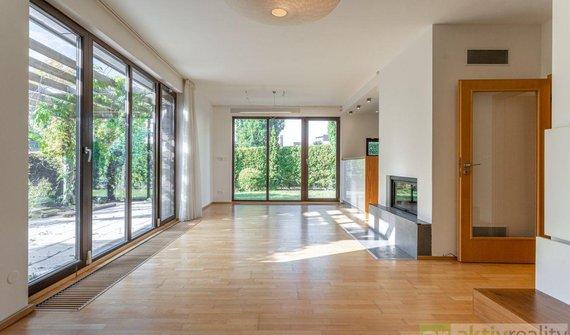 Pronájem, Rodinné domy, 160m² - Praha - Libeň