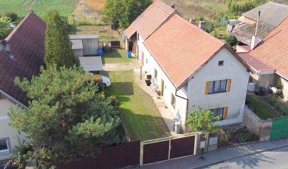Rodinný dům, Horní Počaply - Křivenice, okres Mělník