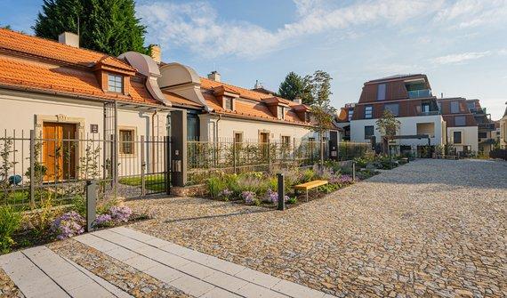 Pronájem, Rodinné domy, 168m², Praha - Troja, zahrada 100m²
