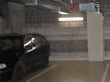 Pronájem, Parkovací stání, 14m² - Praha - Nusle