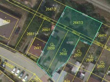 Prodej stavebního pozemku 698 m2 pro 1-2 RD s projektem a zahradou v Rosicích