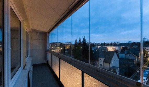 Prodej slunného bytu 2kk, 49m2, zasklená lodžie, Neratovice okr. Mělník