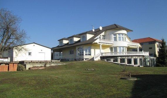 Polyfunkční Vila, 1093 m², pozemek 2 646 m2, Praha - Šeberov