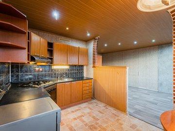 Pronájem bytu 3+1, 68m2, sklep, komora, výtah