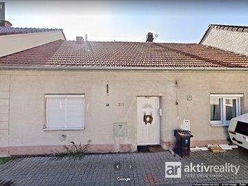 Prodej RD 3+1 v Žiželicích, 70 m2, zahrádka 144 m2