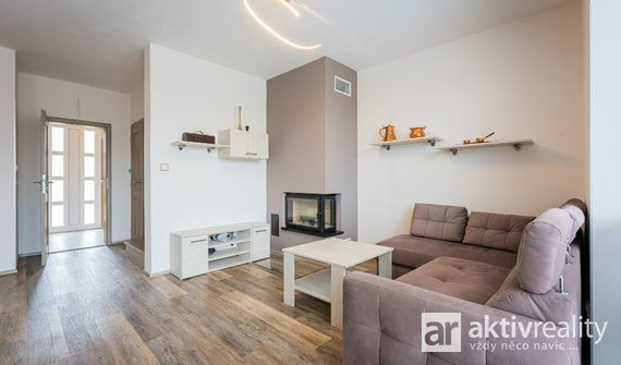 Rodinný dům, 85 m², pozemek 242 m2, Babice - Dařbož
