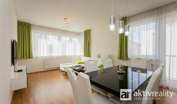 Pronájem krásného bytu 3+kk, 75m², + balkon a kryté garážové stání