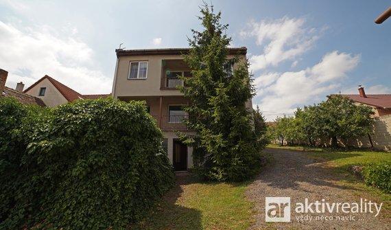 Prodej velkého rodinného domu se zahradou a dílnou, město Miroslav, okr. Znojmo