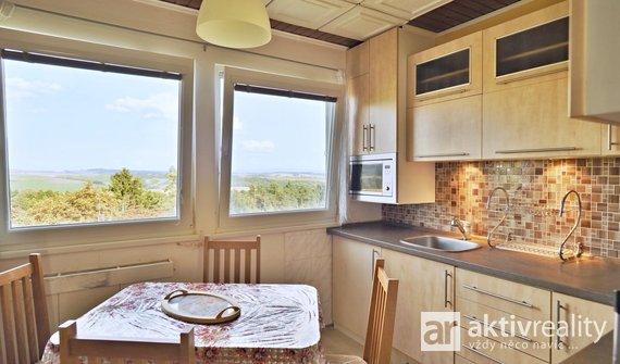 Prodej, Byty 3+1, 63 m² - Bukovany, výhled, parkování, zázemí