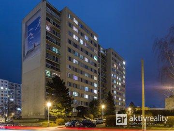 Pronájem hezkého, čistého bytu 2+kk, 43m² + sklep, Praha 15