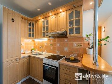 Pronájem velmi pěkného bytu 2+kk s lodžií v Neratovicích, ul.17.listopadu