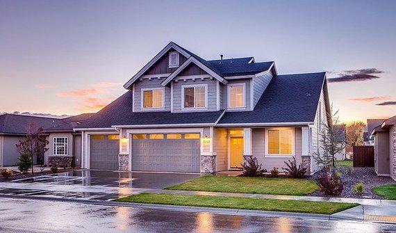 Chcete koupit dům? Splňte si svůj sen bez obtíží a zbytečných komplikací
