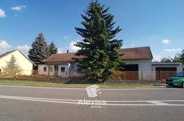 Prodej rodinného domu 3+1, pozemek 1552 m2, stodola, garáž, Budiměřice, Nymburk