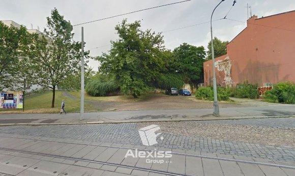 Nabízíme prodej pozemku pro bydlení 226 , Zenklova, Praha 8