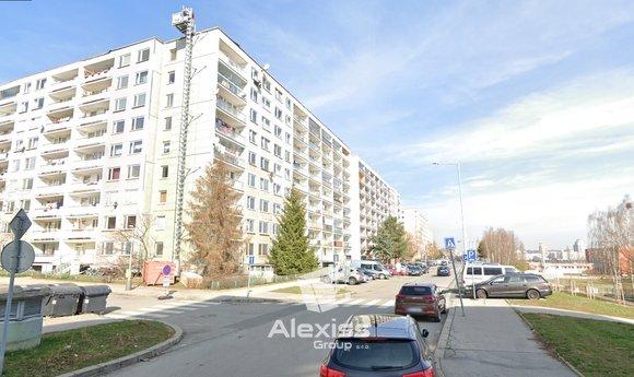 Nabízíme k prodeji byt v OV, 2+kk, 43 , ul.