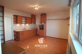 Pronájem bytu 1+kk, 28 m² - Přeštická - Praha 10 - Hostivař