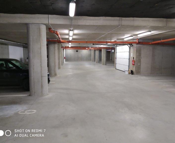 Pronájem vnitřního garážového stání v novostavbě na ul. Loudova, Olomouc