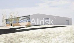Prodej komerčního pozemku 1,8 ha s budovou