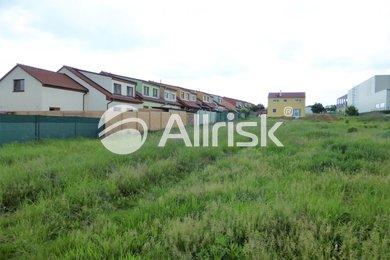 Prodej pozemku pro bydlení 708  m2, Ev.č.: BK130772