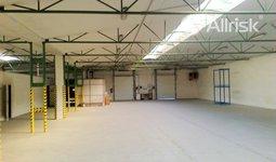 Pronájem vytápěného skladu 1000 m2 s volnou plochou 900 m2