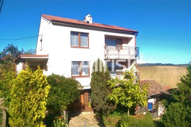 Prodej rodinného domu, pozemek 758 + 1074 m² Žarošice, Ev.č.: BV110008