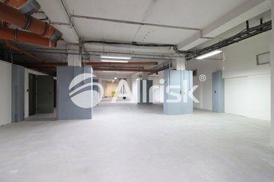 Pronájem vytápěné dílny/skladu 398 m2, Ev.č.: BK140845