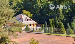 Prodej KOMERČNÍHO OBJEKTKU s tenisovými kurty - 6.300m2 - Hlubočky - Mariánské Údolí - BURK Tenisový areál