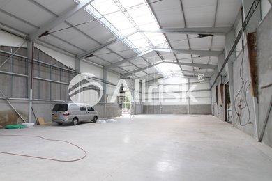 Pronájem vytápěné haly 630 m2, Ev.č.: BK140913