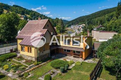 Prodej rodinného domu 241 m², Ev.č.: PH010015