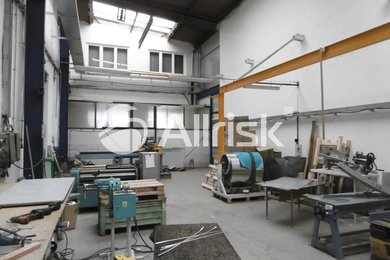 Pronájem vytápěné dílny 154 m2 s jeřábem 1 t, Ev.č.: BK140942